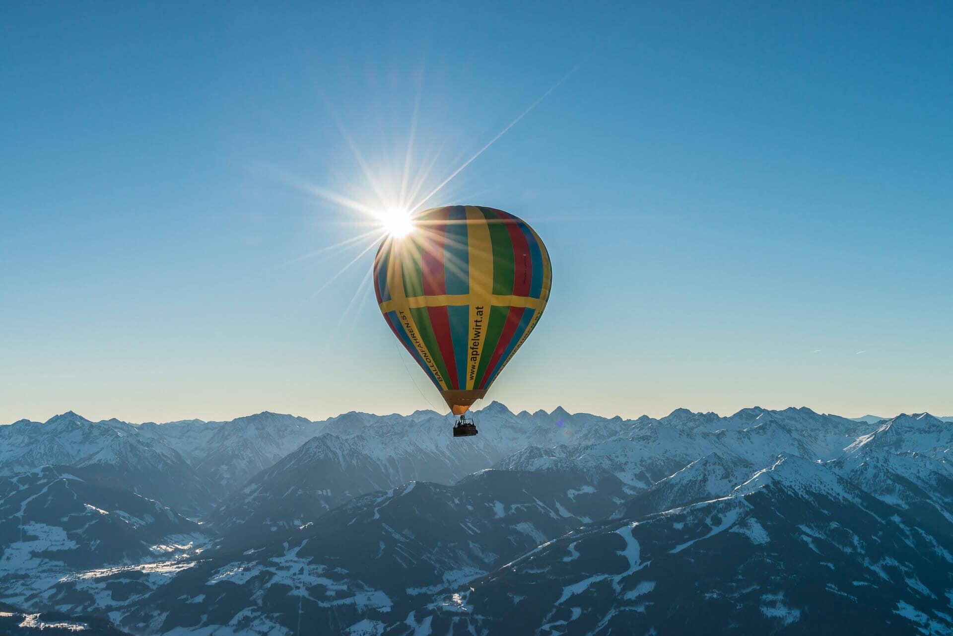 Heissluftballon über Filzmoos
