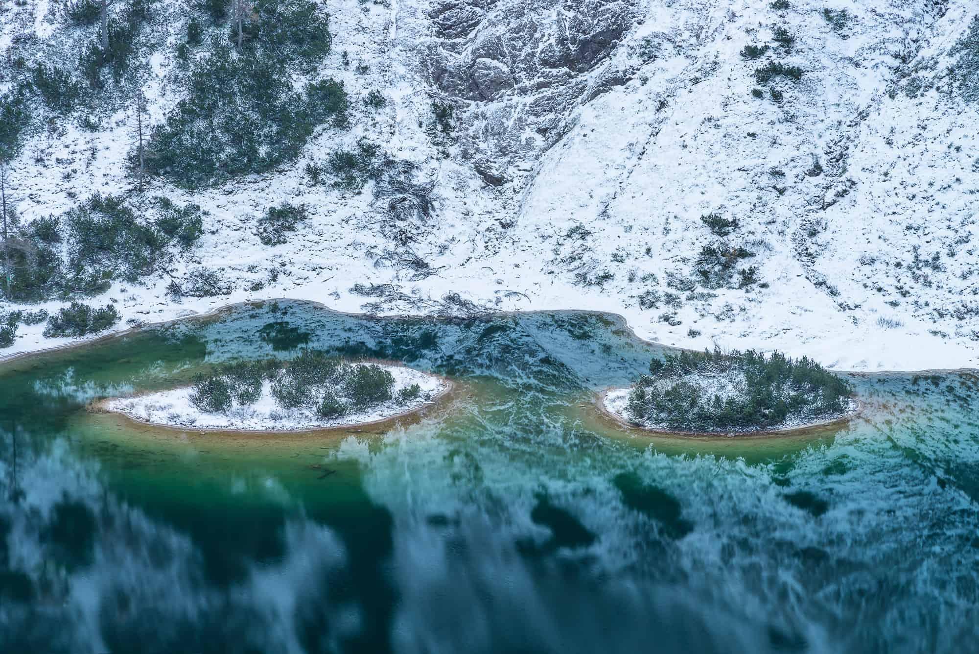 ein Blick auf den Steirersee nach dem ersten Schnee